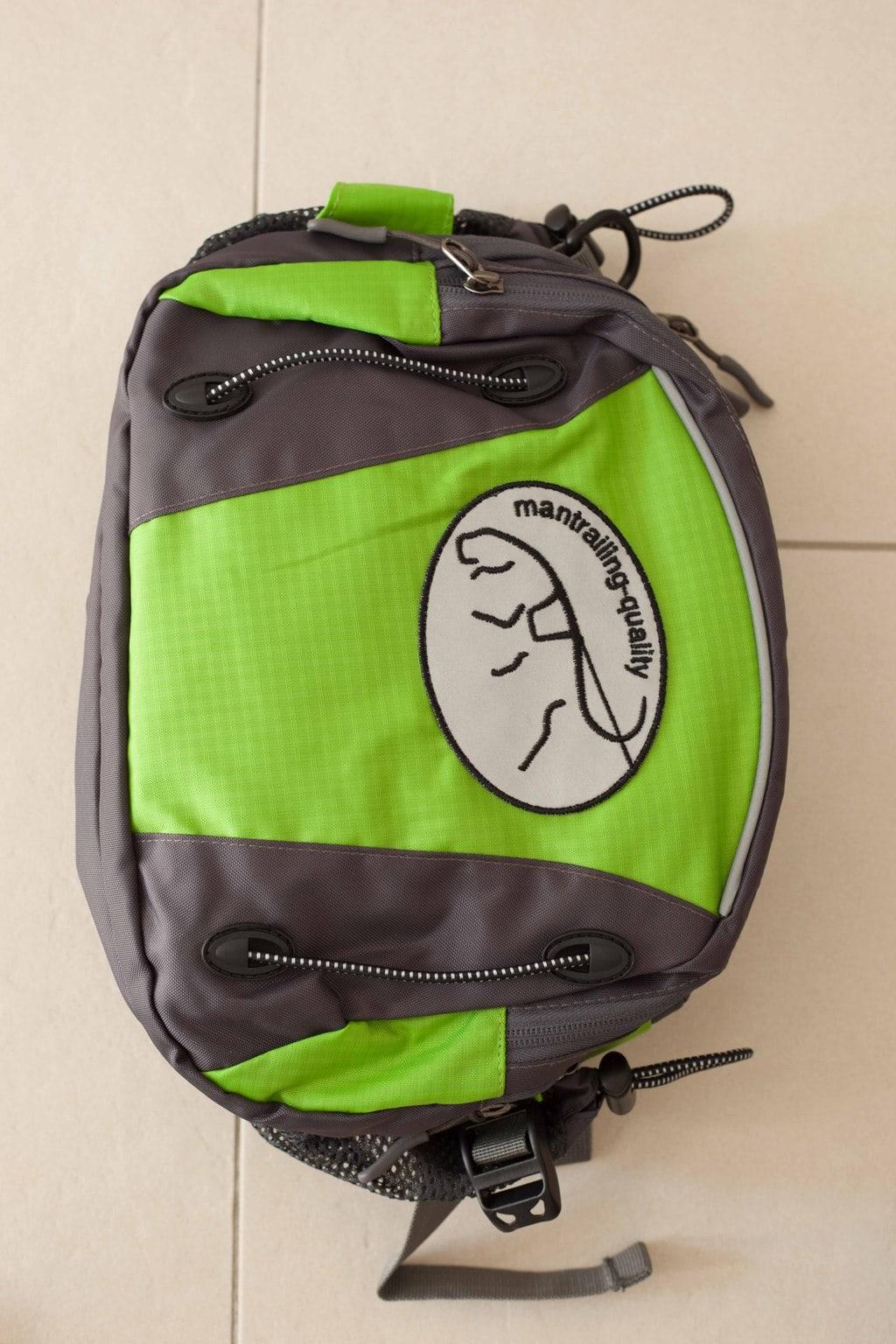 Trailtasche von mantrailing-quality Hüfttasche grün Vorderansicht